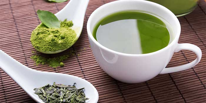 Drinking Green Tea Vs. Eating Extracts